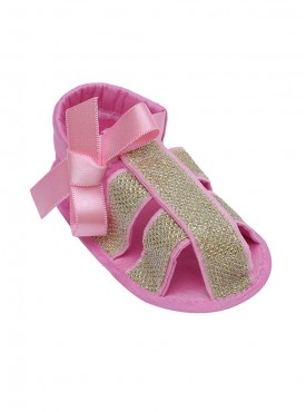 Chicness Is Me Strappy Sandals For Baby Girls