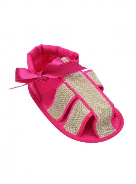 Pretty Feet Forward Strappy Sandals For Baby Girls