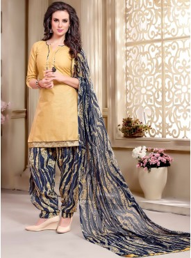 Shelina Yellow Color printed Suit