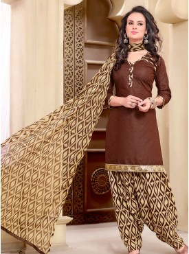 Shelina Brown Color printed Suit