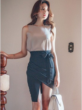 Fashion Women Tank Blouse with Tying Waist Stripes Split Skirt