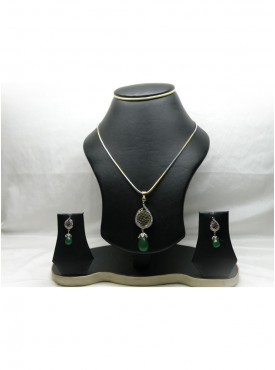 Butta Silver Color Pendant Set