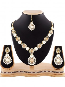Women Creative Necklaces in Beige White & Gold Color