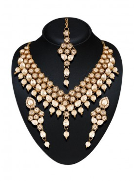 Amazing Off White Color Precious Jewellery Necklaces