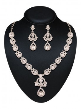 Incredible Silver Color Necklaces