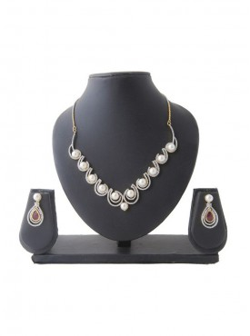 Amazing Silver Color Precious Jewellery Necklaces