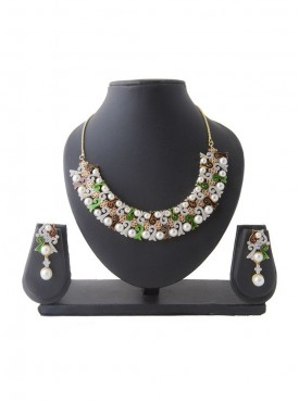Women Creative Necklaces in Off White Silver & Green Color