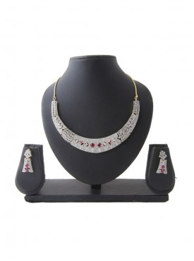 Women Creative Necklaces in Silver & Pink Color