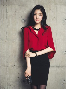 Modern Lady 2 Colors Wraps Chiffon Blouse with Hip-packed Short Skirt