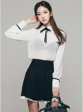 Korea Stylish Transparent Chiffon Blouse with Pleated Skirt