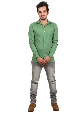Vida Loca Plain Green Color Cotton Casual Men's Shirt
